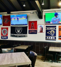Daily's Sports Grill
