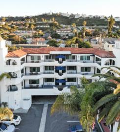 Surfbreak Hotel
